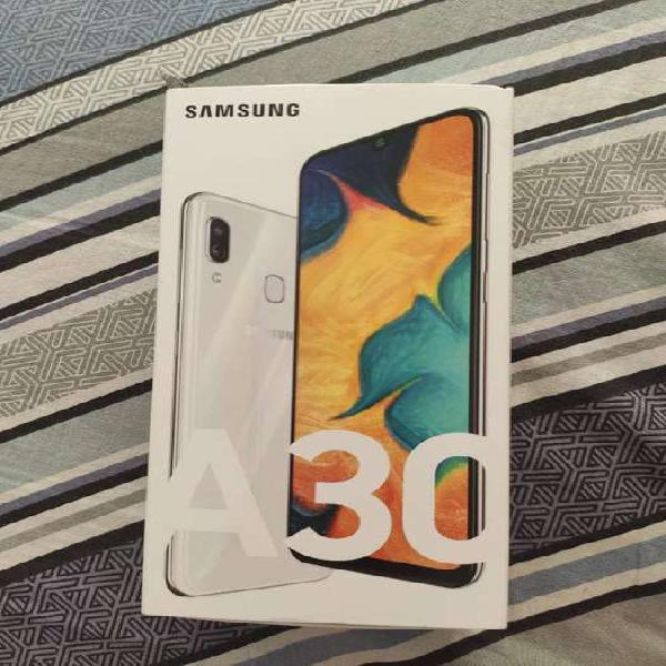Samsung A30 1 semana de uso