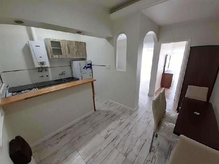 2 ambientes externo con balcon!!