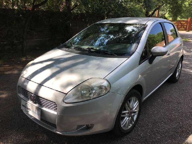 Fiat Punto 1.6 Essence 16V / Nafta / 2012