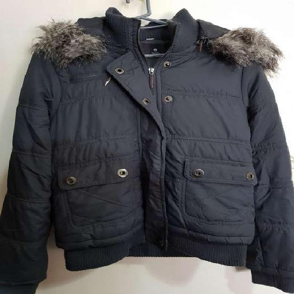Campera Talle M. Color Gris Oscuro