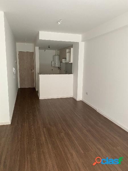 Departamento de 1 dormitorio con patio exclusivo Ideal
