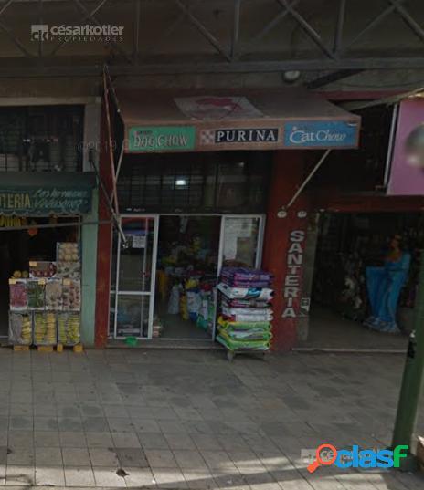 Local en excelente zona comercial de Lomas de Zamora