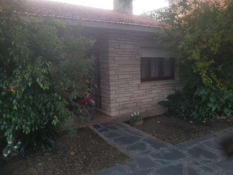 Venta Chalet 4 Ambientes Garage Patio Barrio Pompeya