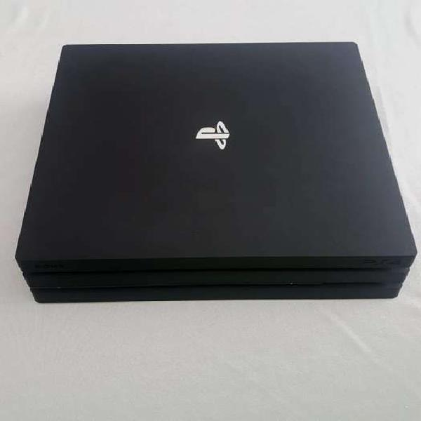 Sony PlayStation PS4 Pro 1tb + Joystick original + Camara