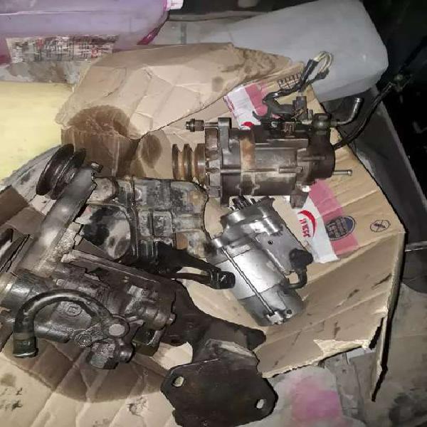 Toyota Hilux Alternador burro de arranque y bomba