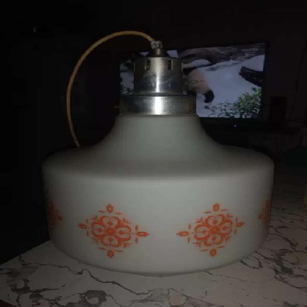 Vendo hermosa lámpara de techo usada pero impecable