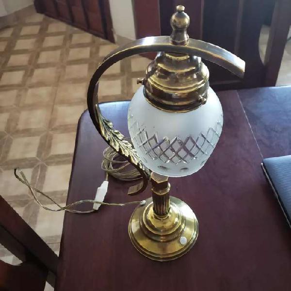 Vendo lámpara de bronce