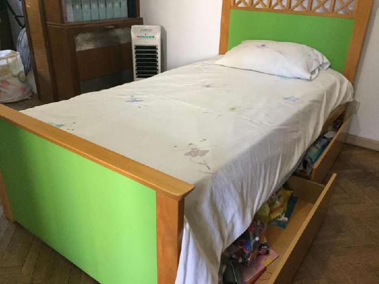 Juego de dormitorio juvenil, excelente calidad y estado,