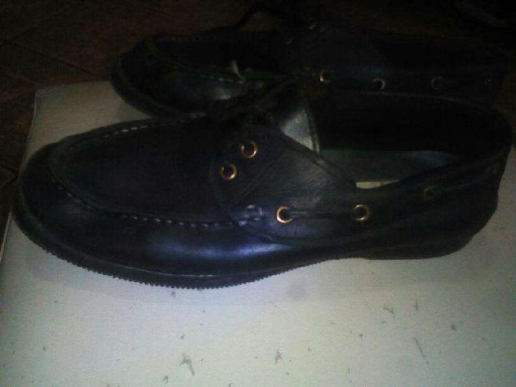 Zapatos de cuero número 41