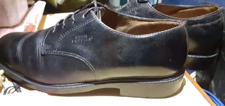 Zapatos para hombre Hush Puppies usado pero muy bueno