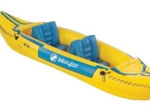 Canoa Sevylar Inflable Similar Kayaks Con 1 Par De Remos.