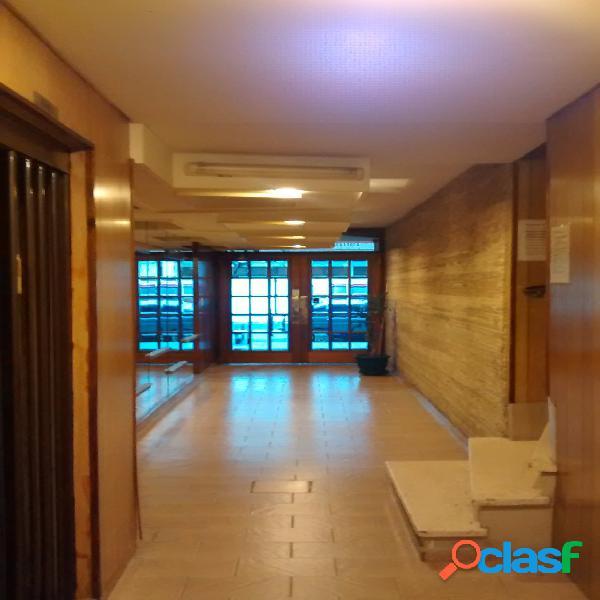 2 ambientes con patio (pb interno)