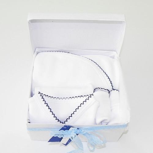 Caja S2 Ajuar Bebé Nacimiento C/ Manta Recibidora 5 Pz Cloe