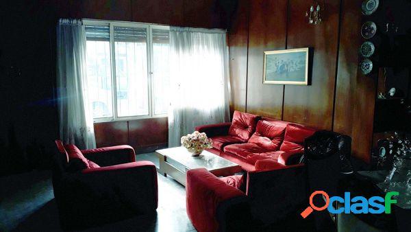 Casa 4 ambientes con cochera patio y terraza Villa Devoto -