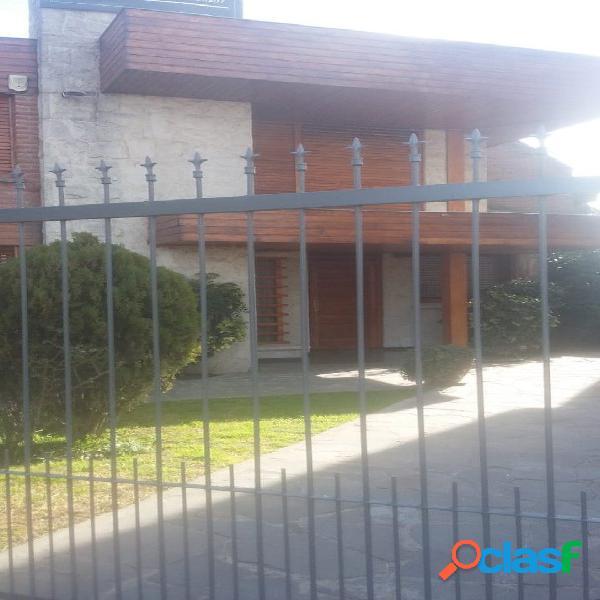 Chalet 5 ambientes Colinas de Peralta Ramos