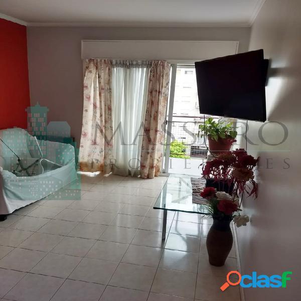 Departamento 3 ambientes con balcón, Villa Luro