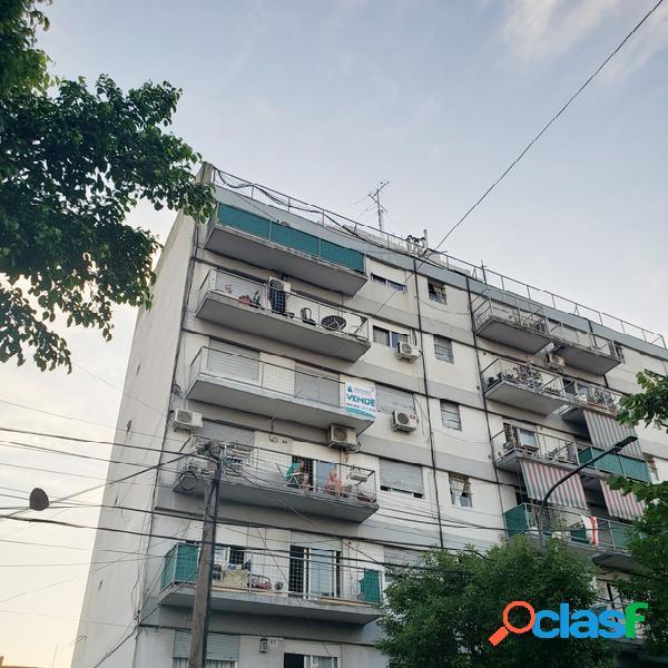 Departamento 3 ambientes con balcón al frente, Villa