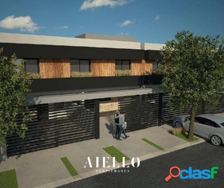 Duplex a estrenar 4 amb. 3 dormitorios y entrada p/2 autos.