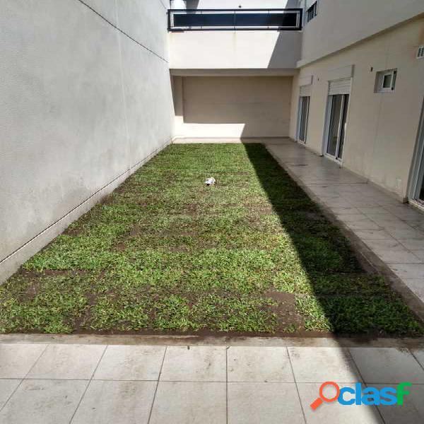 PH 3 Amb. C/Patio y Jardin A Estrenar