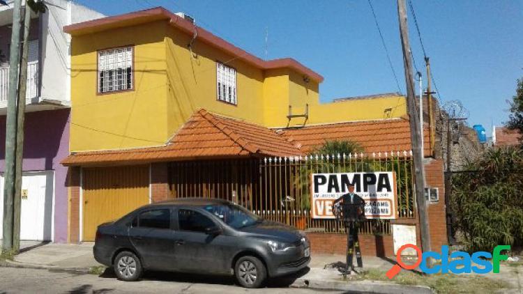 San Justo, casa 3 amb y depto 2 amb. Pampa