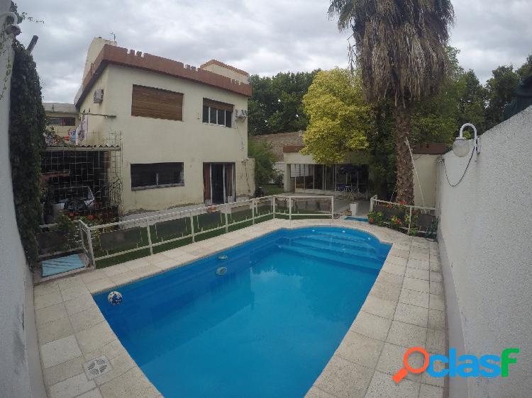 Ubicadisima casa en venta en Las Heras