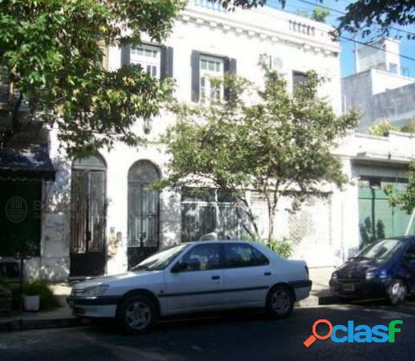 Local en alquiler en el barrio de Villa Ortuzar, Donado al