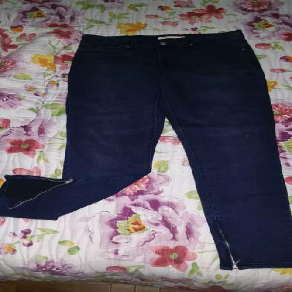 Vendo 2 jeans levis originales talle 29 de mujer