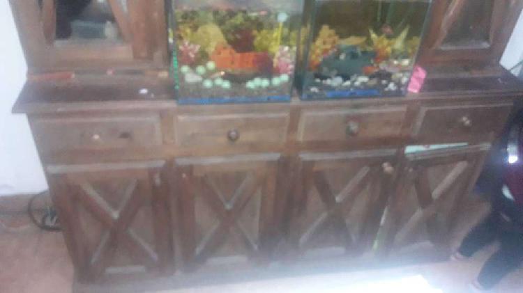 mueble dos cuerpos 4 puertas de vidrio