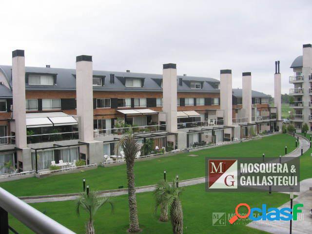 Mosquera y Gallastegui - VENTA excelente departamento en 3