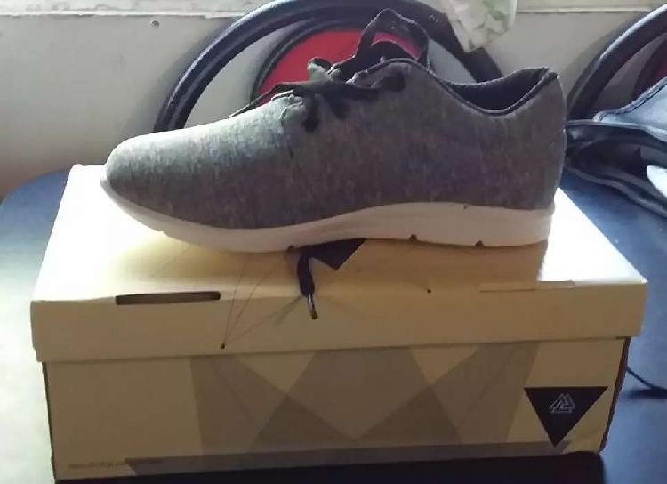 Vendo zapatillas nuevas!!