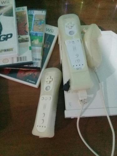 Nintendo Wii Usada En Muy Buen Estado Con 10 Juegos
