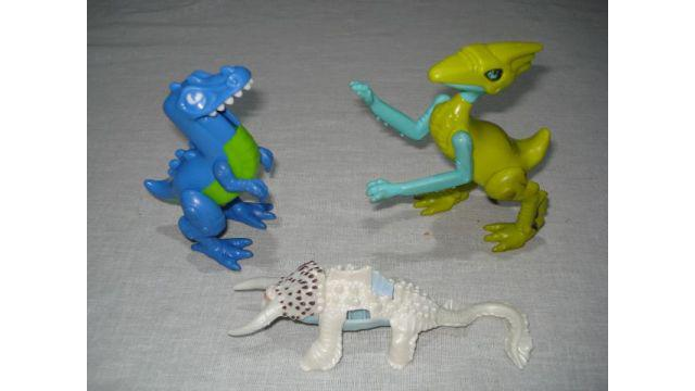 muñeco de dinosaurios (x 3)