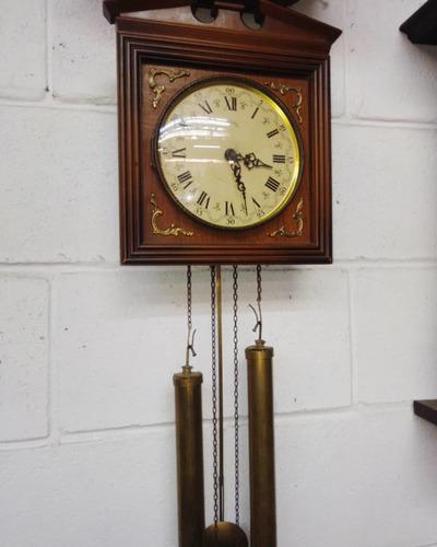 Antiguo Reloj De Pared Con Péndulo Y Pesas