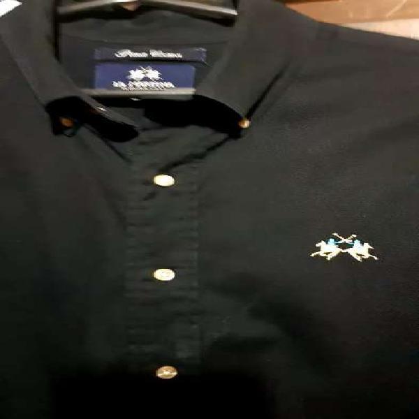 Camisa la Martina original Negra vendo.