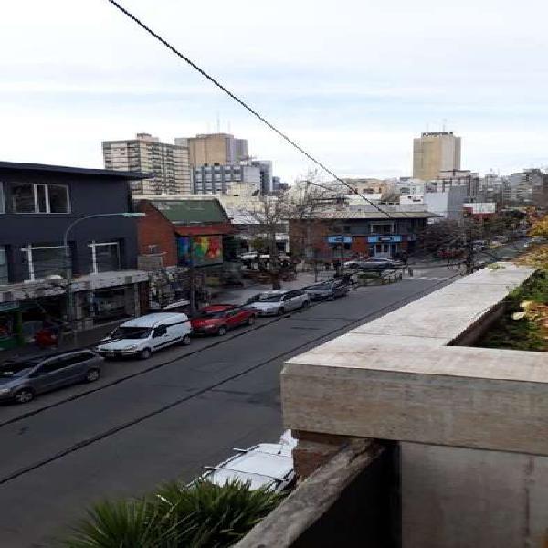 Impecable departamento 2 ambientes reciclado con balcon