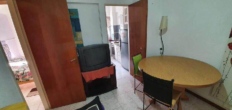 Venta Departamento 1 ½ Ambiente Amoblado Con Balcón A La