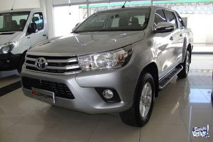 Toyota Hilux srv 2.8 tdi dc 4x2 6mt