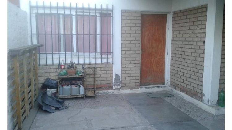 Casa en barrio TAC de Luzuriaga, Maipu