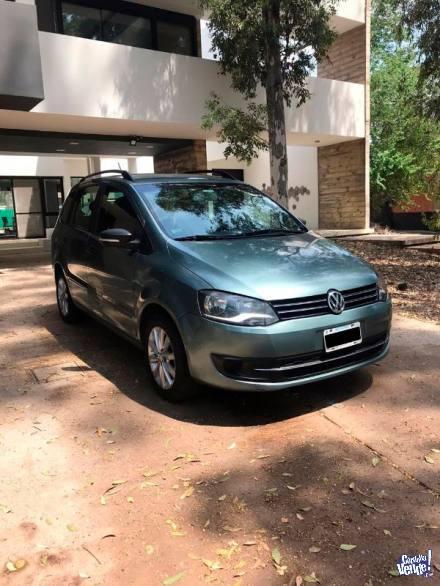 Volkswagen Suran Comfortline 2011 primera mano