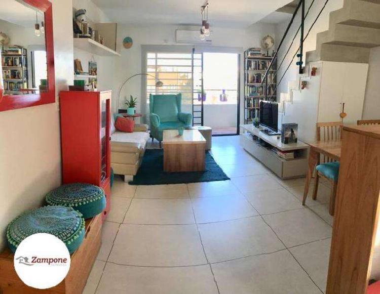 Hermoso Duplex 3 amb. con terraza propia y cochera