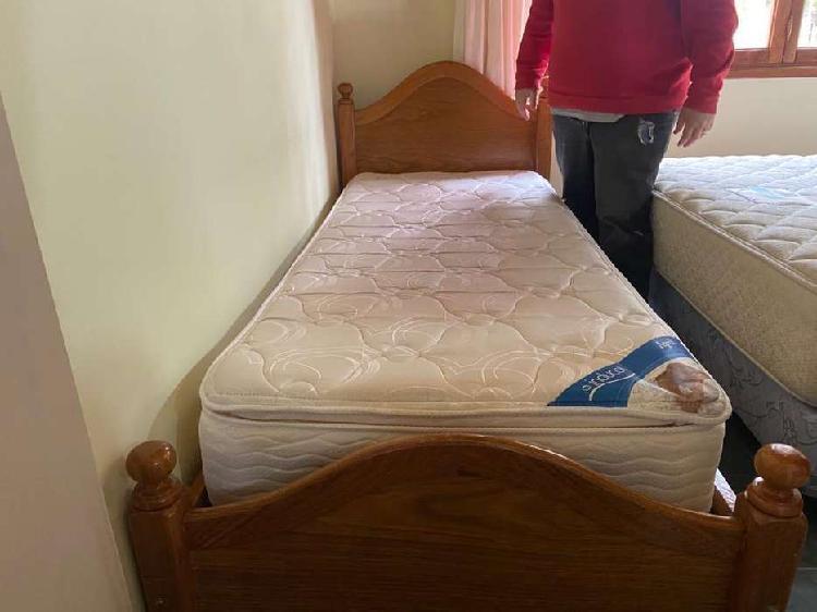 Vendo cama y colchón