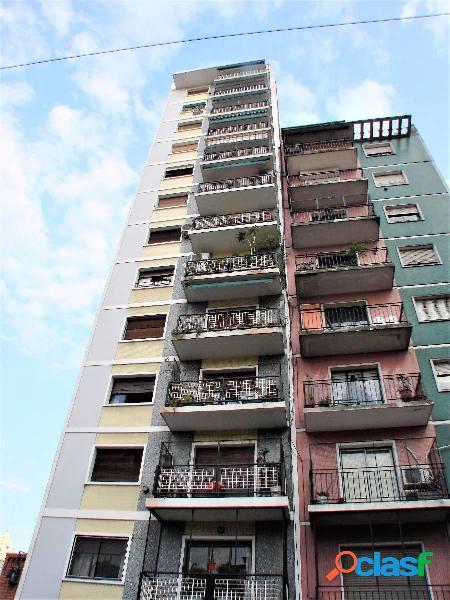 Departamento 3 Ambientes con Balcón