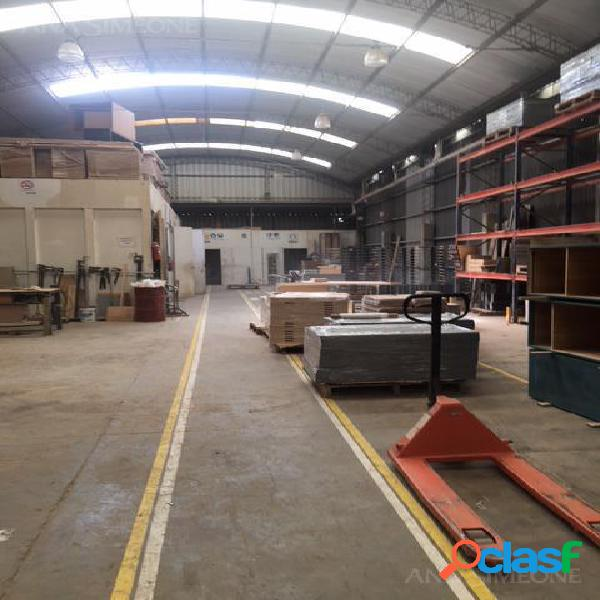 Nave Industrial - Garin