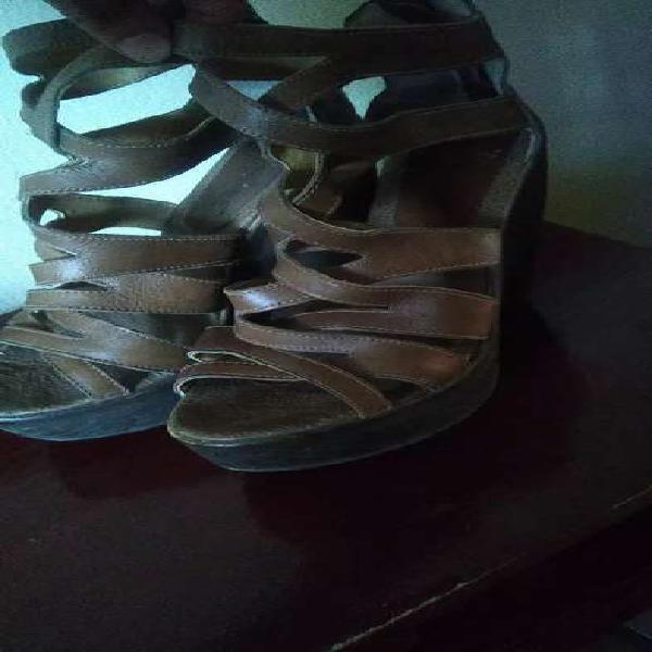Sandalias de cuero originales