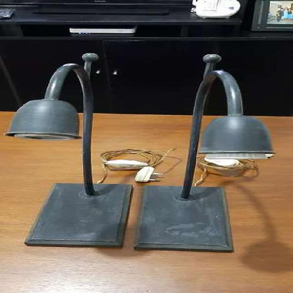 Veladores x 2 unidades . Base de madera y arco de metal .