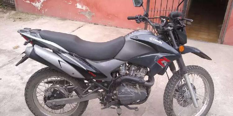Vendo moto Zanella ZR 250