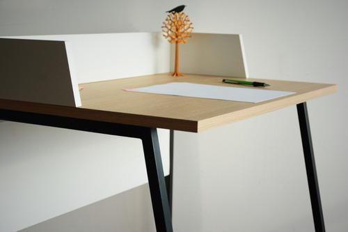 Escritorio Chico De Diseño - Tabla Metal/madera