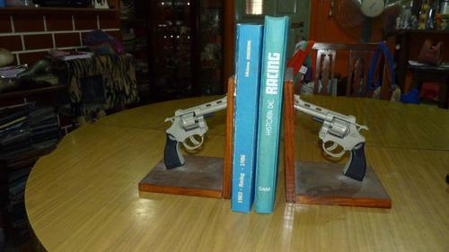 Apoyalibros Con Revolveres De Metal