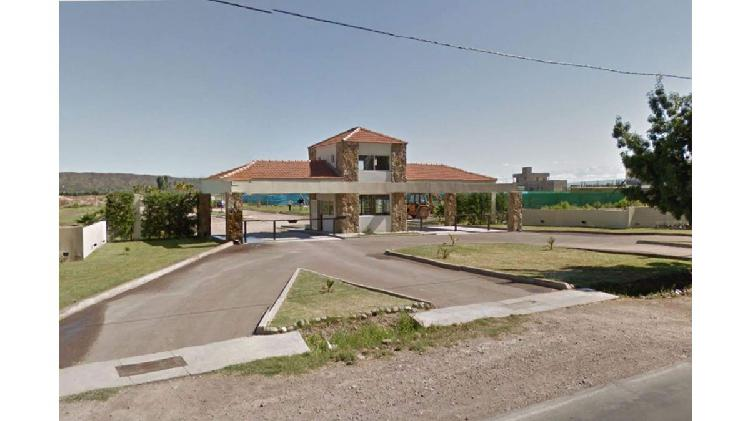 Lote de 500 m2 en barrio Carrascal, Maipu