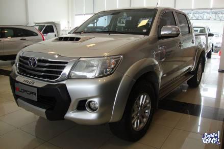 Toyota Hilux 3.0 SRV tdi dc 4x2 c/cuero